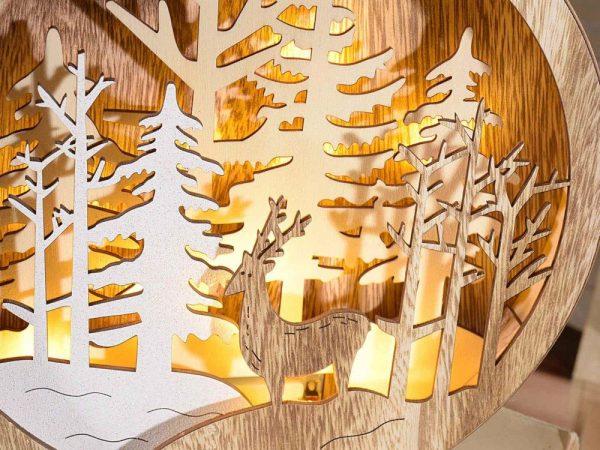 Decorazione di Natale tonda in legno con paesaggio natalizio da appendere e luce Led